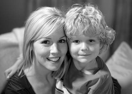 Kelly Taylor and her son Sammy, on 90210