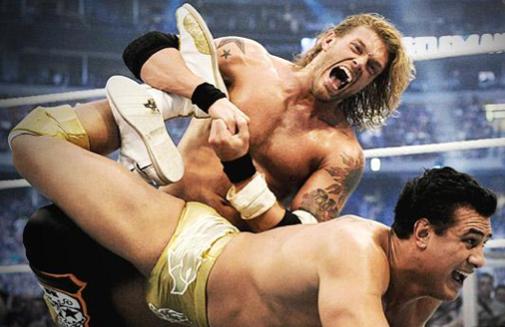 WWE, Edge returns to Monday Night Raw!